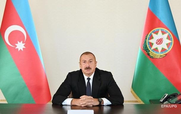 Азербайджан ввел частичное военное положение