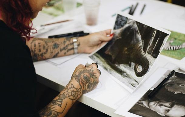 Ученые заявили, что татуировки нарушают терморегуляцию организма