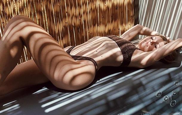 Дочь Веры Брежневой в бикини поразила сеть