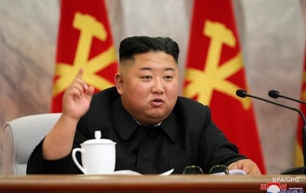 Лидер КНДР провел коронавирусное заседание Политбюро