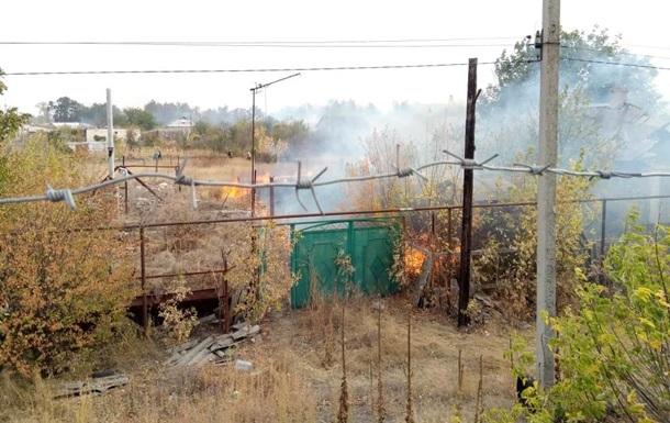 В Станице Луганской пожар охватил целую улицу