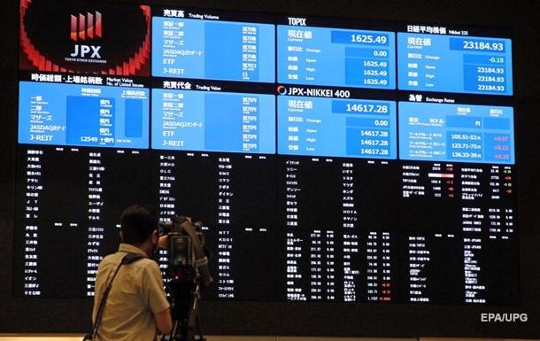 Токийская биржа возобновила работу