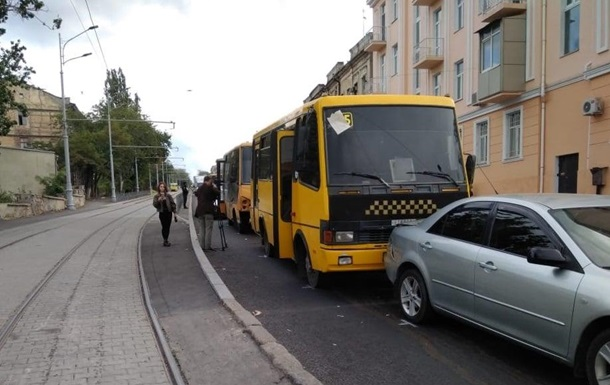 В Одесі п ятеро осіб постраждали у ДТП з двома маршрутками