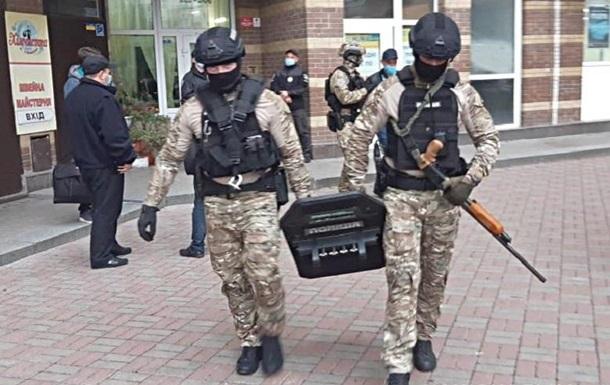 В Киеве злоумышленник выстрелил в копа