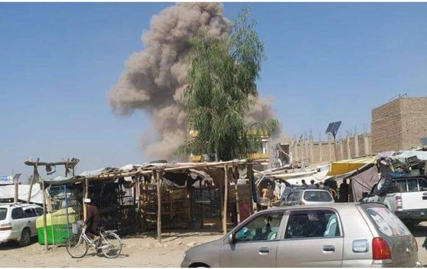 В Афганистане при взрыве автомобиля погибли 15 человек