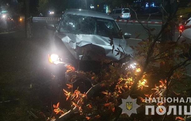 Под Киевом пьяный полицейский сбил двоих женщин на пешеходном переходе
