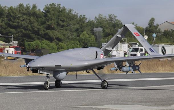 Канада остановила поставку военного оборудования Турции