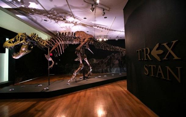 На аукционе продали скелет тиранозавра за рекордную сумму