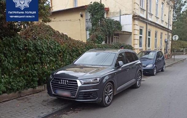 Житель Чернівців заявив про викрадення авто, забувши про місце паркування