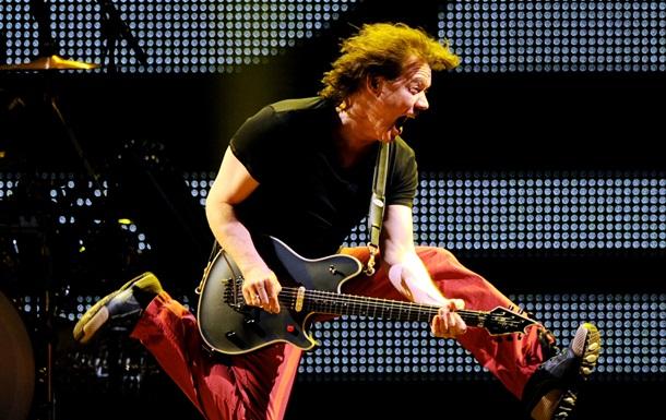 Найкращий гітарист усіх часів. Помер Едді Ван Хален