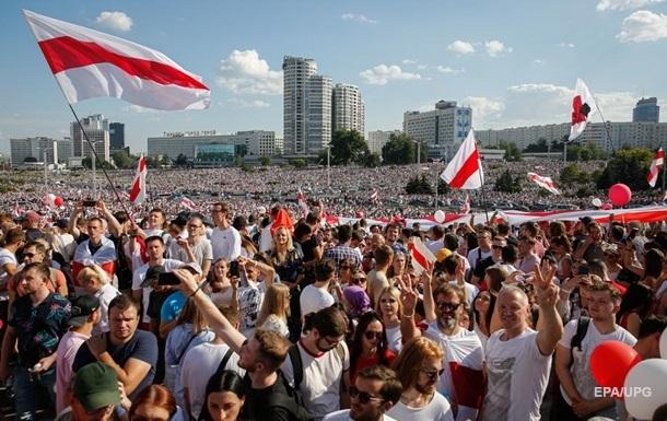 Правозащитники заявили о почти сотне политзаключенных в Беларуси