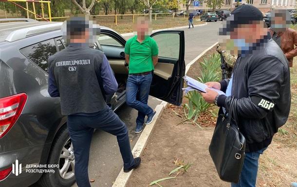 Депутат Таїровської сільради вимагав хабар у бізнесмена - ДБР