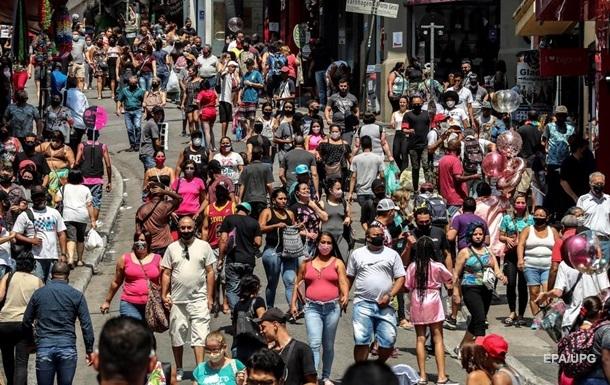 Более 5 млн человек заразились коронавирусом в Бразилии