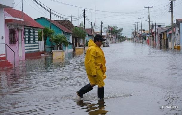 На Мексиканский залив обрушился ураган Дельта