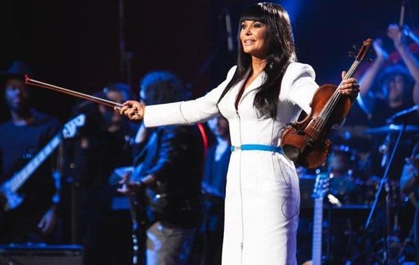 Ассия Ахат записала альбом с 17-кратным лауреатом Грэмми