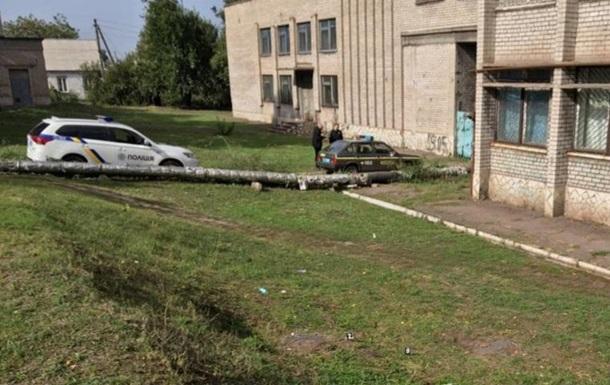 В Каменском полицейский получил тяжелое ножевое ранение