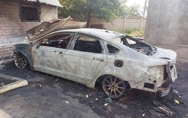 В Николаеве сожгли машину кандидата в депутаты от Слуги народа