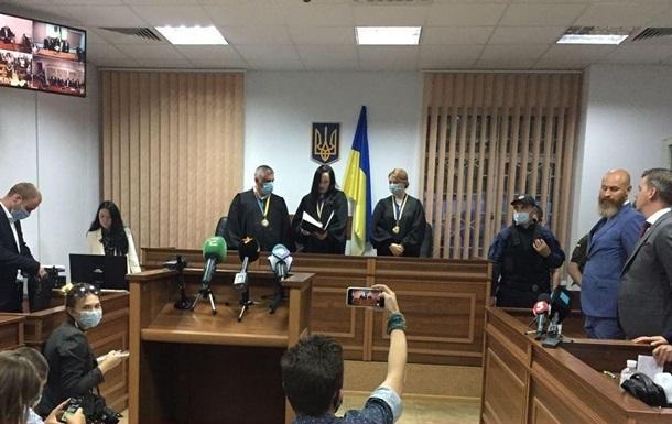 Суд отстранил одного из присяжных по делу Шеремета