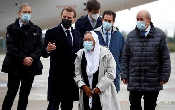 Французскую правозащитницу обменяли на 200 террористов