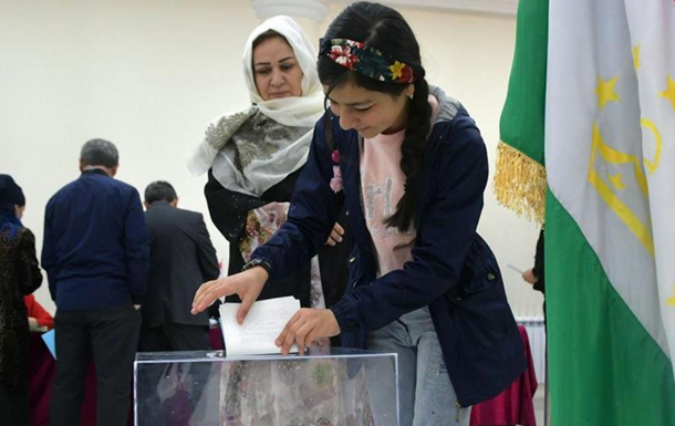 В Таджикистане начались президентские выборы