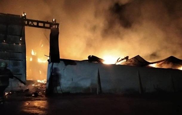 В Ивано-Франковской области на складе сгорели сотни тонн зерна