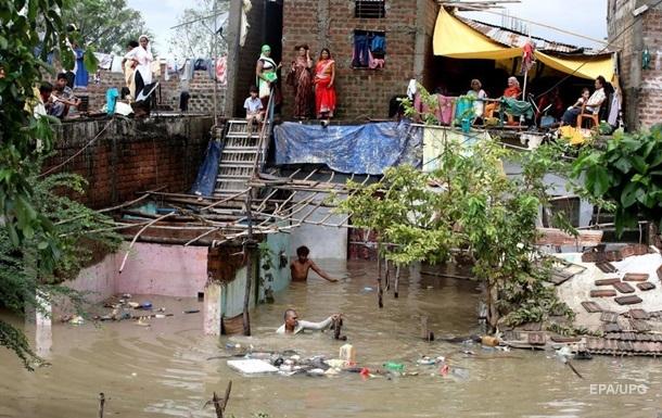 Индию накрыло мощное наводнение, есть жертвы