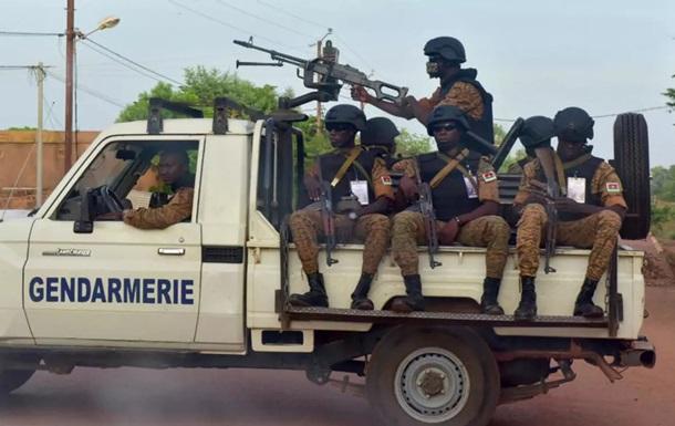 В Буркина-Фасо боевики убили 20 сельских жителей