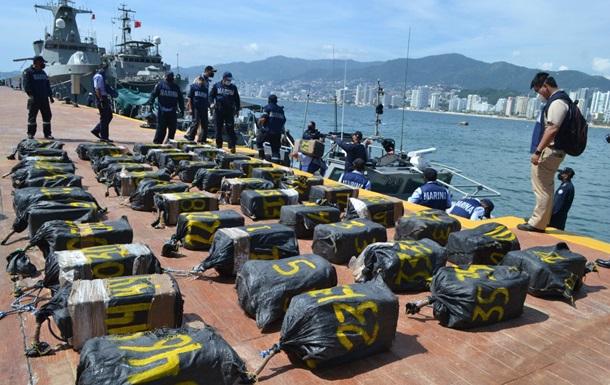 Мексиканські військові перехопили 95 мішків з кокаїном