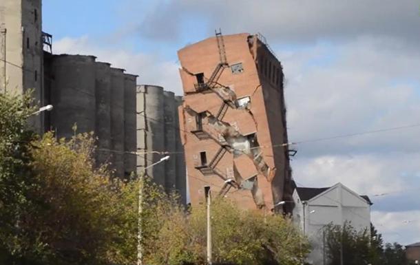 В Харькове взорвали заброшенный элеватор