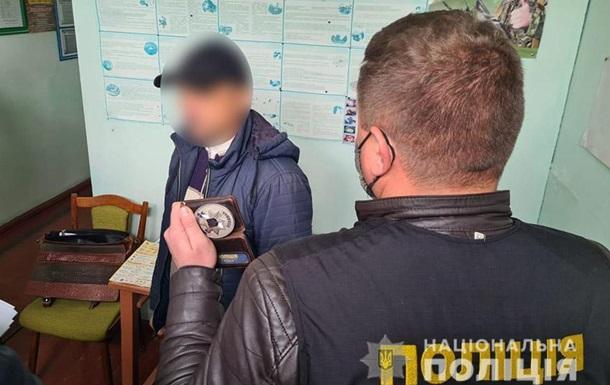 В Хмельницкой области главу сельсовета задержали за взятку в $15 тысяч