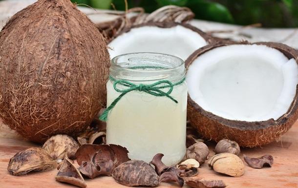 Кокосова олія корисна від COVID-19 - вчені