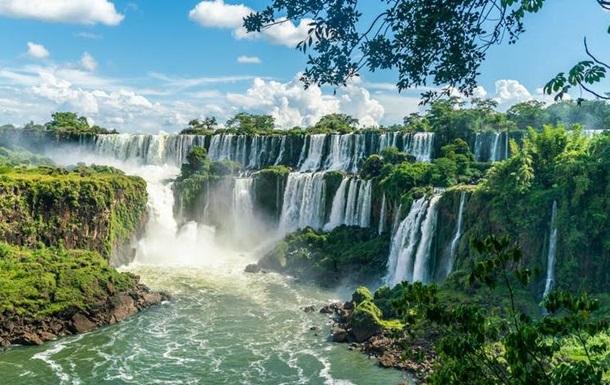 Путешествия после пандемии: топ-10 лучших туристических мест (фото)