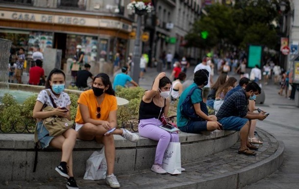 Испания рассматривает введение комендантского часа из-за эпидемии