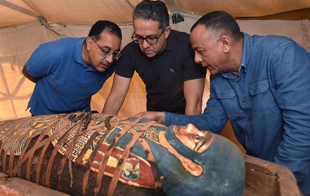 Єгиптяни знайшли 80 саркофагів віком 2500 років