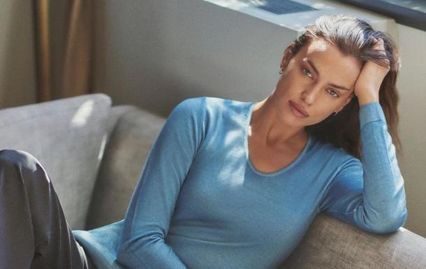 Ирина Шейк появилась на обложке Vogue обнаженной: фото
