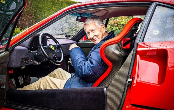 В США 80-летний пенсионер ездит на Ferrari F40