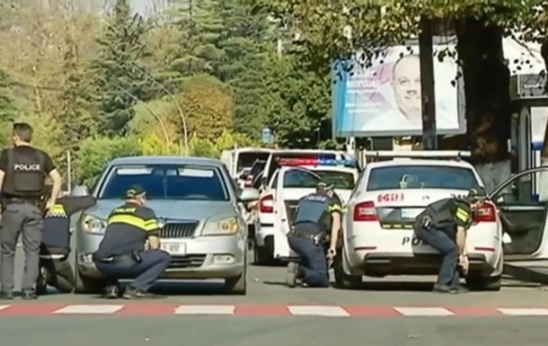 В Грузии произошел захват заложников в банке