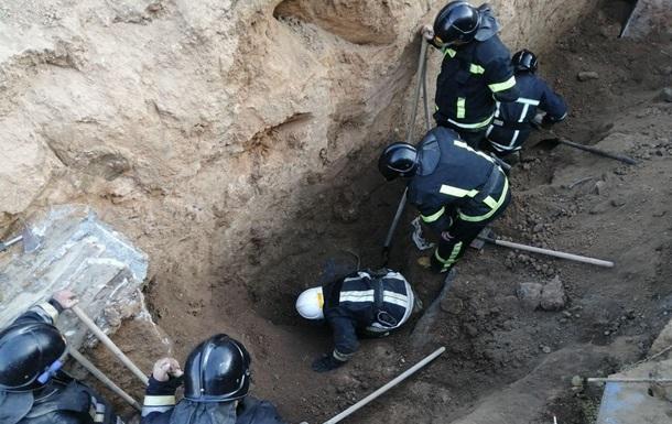 В Одессе при обрушении котлована погибли рабочие