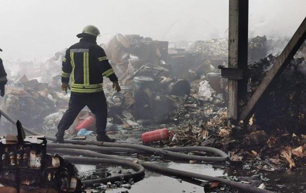 Под Киевом ликвидировали крупный пожар