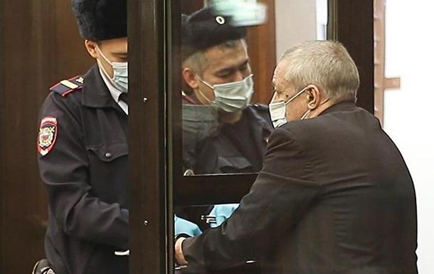 Суд смягчил приговор Михаилу Ефремову