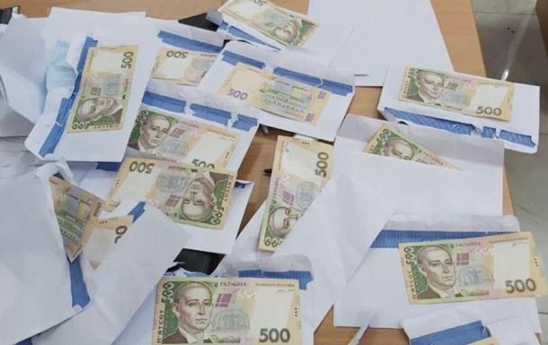 Кандидат в Киевсовет организовывал сетку подкупа избирателей