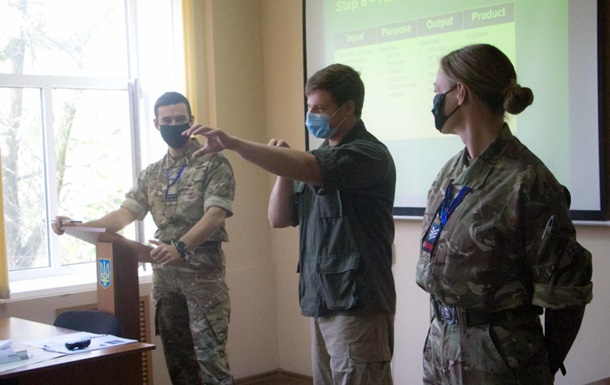 В Николаеве начались учения с Британией