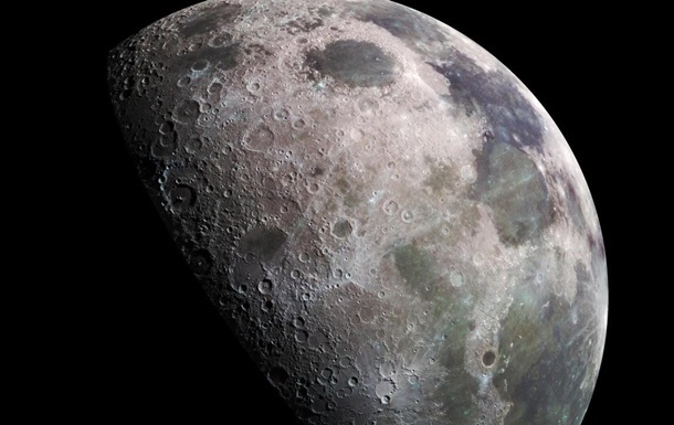 NASA підтвердило, що на Місяці є вода