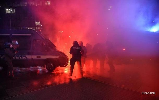 В Италии прошли массовые протесты противников карантина