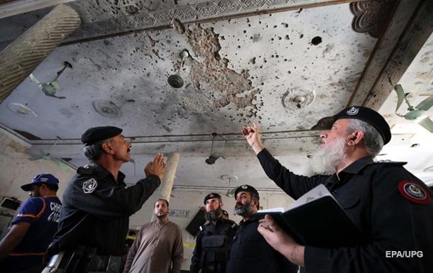 В Пакистане в семинарии прогремел взрыв, есть жертвы. 18+