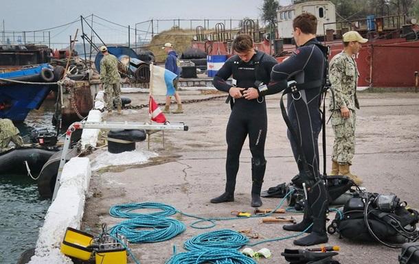Порт Южный возле Одессы обследуют водолазы США