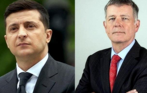 Зеленский встречался с главой британской разведки для борьбы с Медведчуком?