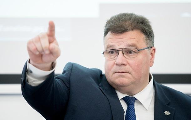 Глава МИД Литвы объяснил, почему нельзя сажать Порошенко