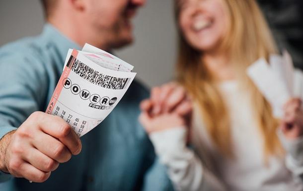 Powerball разыграет сегодня 3,2 миллиарда гривен, как принять участие из Украины