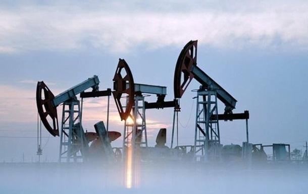 Ціна нафти падає через зростання запасів у США